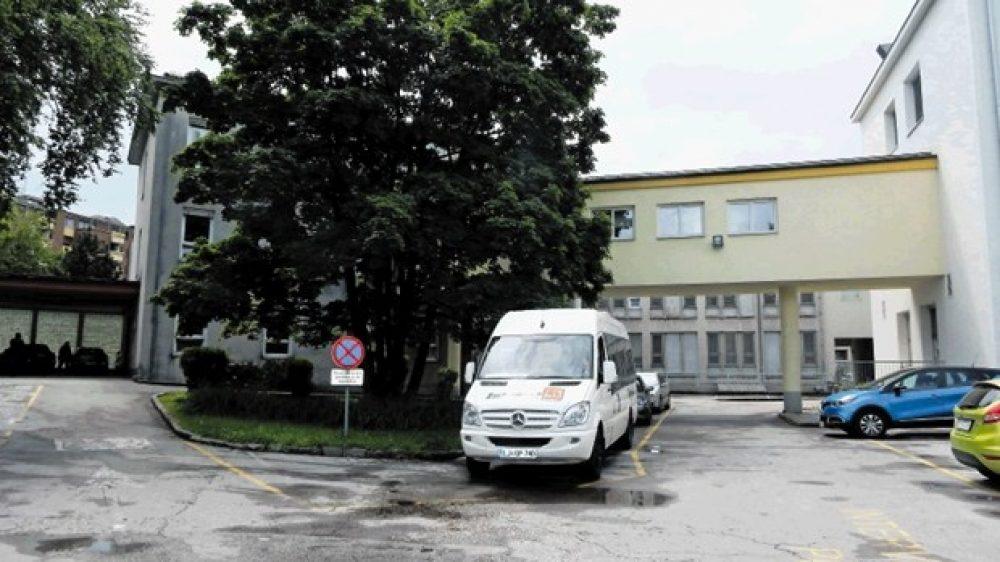 Podpora Društva Endozavest za ohranitev Bolnišnice za ginekologijo in porodništvo Kranj